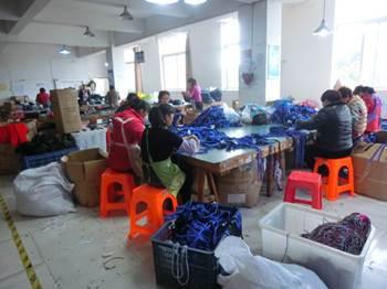 Different sampling method in garment inspection