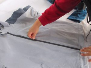 zipper test in clothing and textiles quality inspection